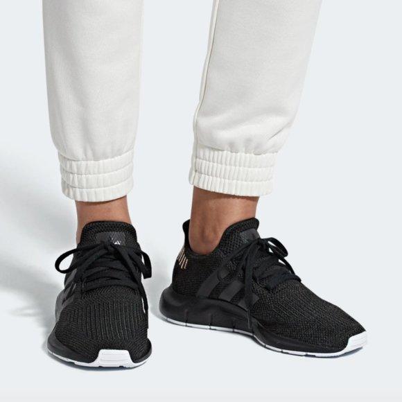 women's adidas swift run casual shoes black